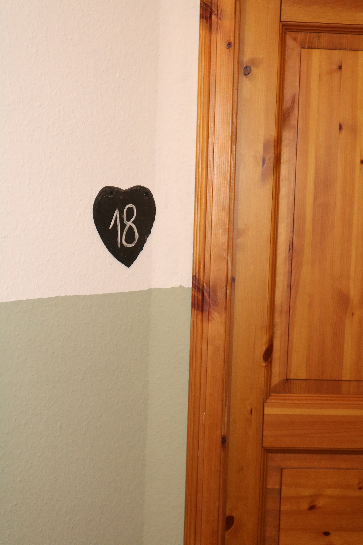 Eingangstür Zimmer 18