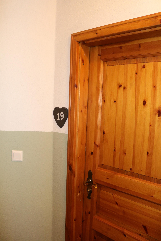 Eingangstür Zimmer 19